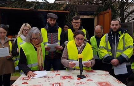 Γαλλία: Κάλεσμα κίτρινων γιλέκων για άμεσηδημοκρατία