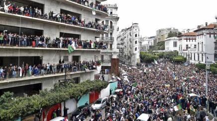 Αλγερία: Για μια κυρίαρχη συντακτική εθνοσυνέλευση, ο αγώνας συνεχίζεται!