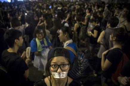 Χονγκ Κονγκ: Δημοκρατική κινητοποίηση για ταδικαιώματα!