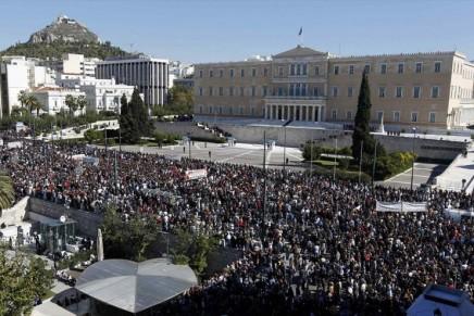 Editorial: Ανασυγκρότηση, αγώνας,αλληλεγγύη