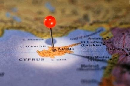 Κύπρος: Για μια θετική ψήφο στο σχέδιο Ανάν χωρίς αυταπάτες