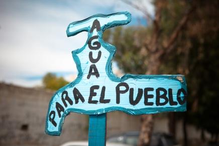 O αγώνας των Βολιβιάνων για τους φυσικούςπόρους