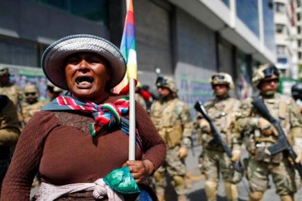 Ενάντια στο πραξικόπημα στηΒολιβία