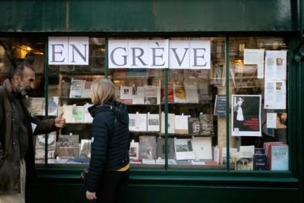 Γαλλία: Το κίνημα συνεχίζει, η απομόνωση του Μακρόνεπίσης!