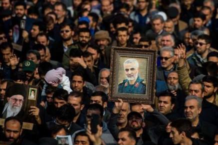Απέναντι στη σύρραξη ΗΠΑ-Ιράν, αλληλεγγύη στουςεξεγερμένους