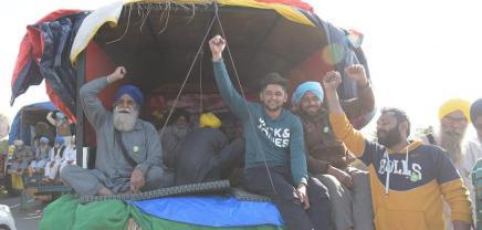 Ινδία: Αγρότες κατά της δεξιάς και τηςακροδεξιάς