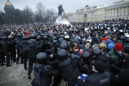 Ρωσία: Μαζικό κίνημαδιαμαρτυρίας