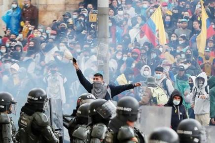 Κολομβία: απεργίες σε επισφαλείςσυνθήκες